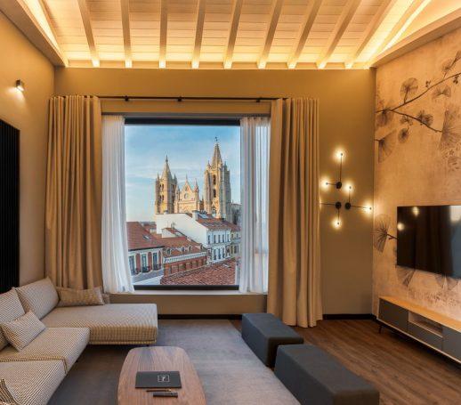 vistas catedral de León desde apartamentos Mauro Suites